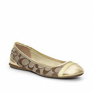 New! Coach Cecile signature ballet flat shoe NWOT